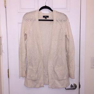 Sweaters - Basic Cardigan